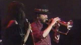 Chuck Mangione Marilyn McCoo Chase The Clouds Away