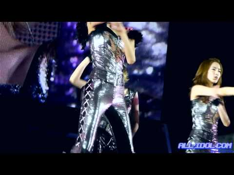 [Fancam] SNSD First Arena Tour - Taeyeon - Hoot (by Karon)