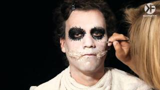 Schminken Zu Halloween: Joker Face Make-up Leicht Gemacht