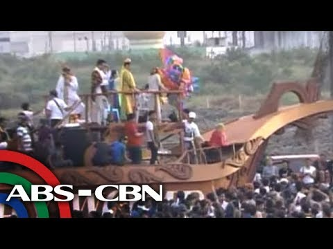 MMFF 2012 Parade: The stars, the floats