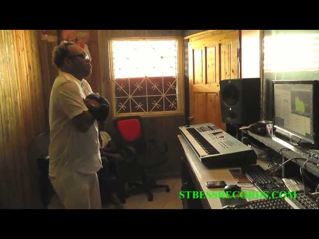 Noddy Virtue & SumeRR freestyling @ ST. BESS RECORDS Recording Studio (8 Sept 2012)
