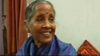 Will make his favourite kadhi if he wins, says Arvind Kejriwal\'s mother