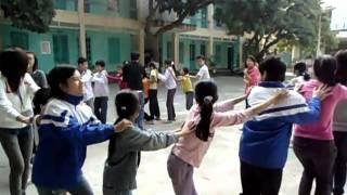 Nhóm 2_CTXHN với Trẻ em khuyết tật vận động 1