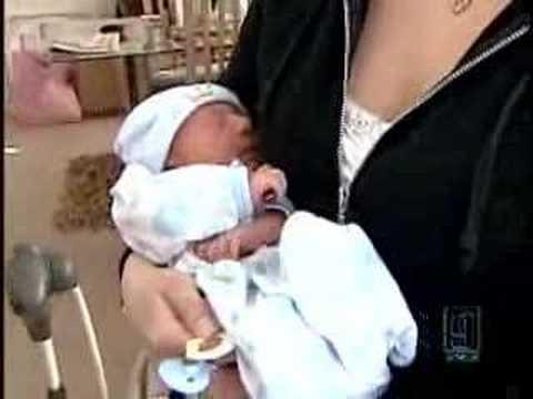 Woman gives birth on bathroom floor youtube for Giving birth alone in a bathroom