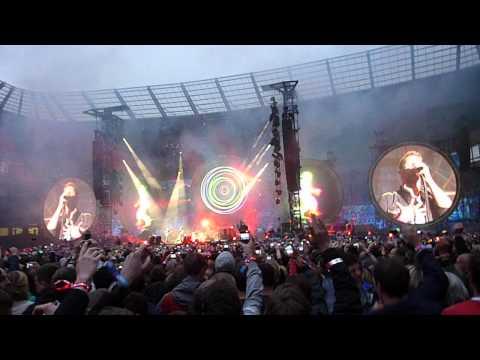Coldplay opening: Mylo Xyloto & Hurts Like Heaven, Etihad Stadium 2012 (Xylobands)