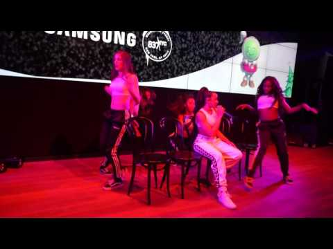 youtube video Tinashe - Live From Samsung 837 - New York City - Company HD to 3GP conversion