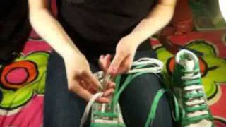 How To:Double Bar Lace Shoelaces :D