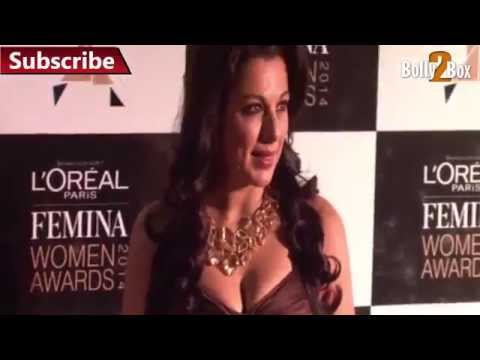 Pooja Bedi Exposed Huge Bosoms