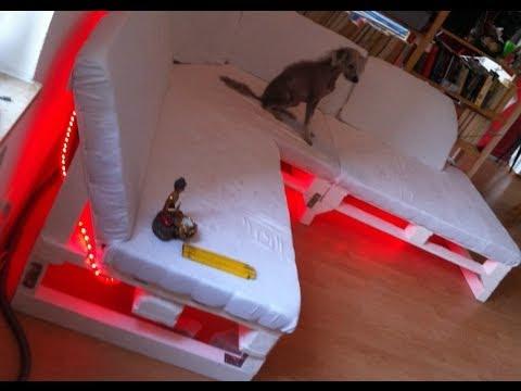 Sofa selber bauen ein diy sofa aus paletten youtube for Paletten sofa selber bauen