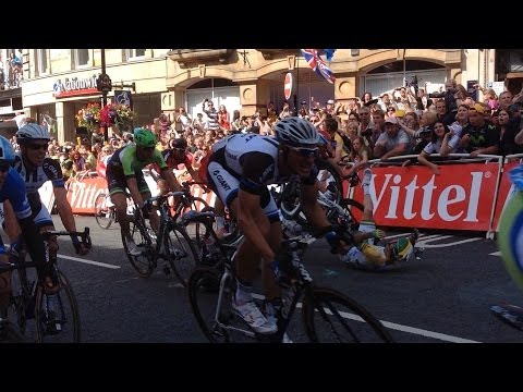 Horrific mark cavendish crash ,tour de France Harrogate sta