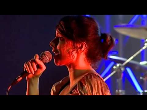 Thumbnail of video Nouvelle Vague - In A Manner Of Speaking (Live in Lisbon, Portugal)