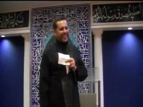 An incident in a Dawoodi Bohra mosque - Hajj Hassanain Rajabali