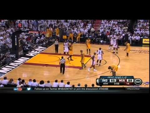 Dwyane Wade hits Lance Stephenson with a flying elbow