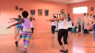 """Flora """"Dance For Fitness"""" (9 May 2014)"""