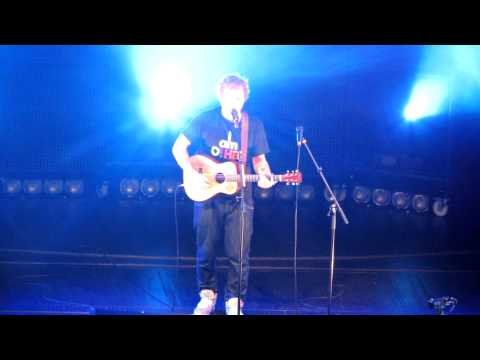 Ed Sheeran-Wake Me Up at Radio City Music Hall Jan 30 HQ