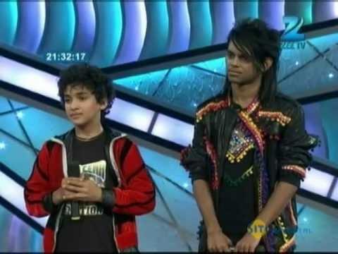 Faisal Performs on Ae Kaash