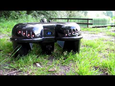 Spektrum DX-6 voerboot door Fishfun.nl