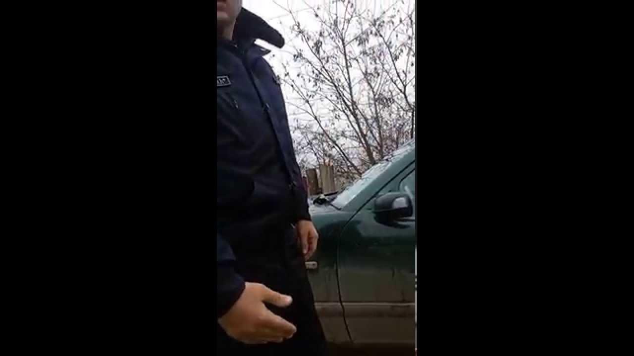 Poliția face ce vrea pe drum, cu girofarul pornit