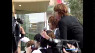 130303 HEY SAY JUMP - TAKE PHOTOS WITH THAI FANS @ PARC PARAGON