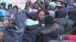 بالفيديو.. هكذا احتج مهاجرون صوماليون في إيطاليا |
