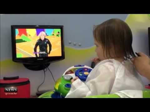 Funny Hair: salão especializado em corte infantil diverte crianças