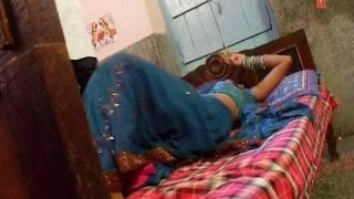 Saanjhe Gholat Jaala (Bhojpuri Video Song) Paro Rani Hot