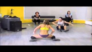 Russian Twerk: This Russian Girl Got Some Moves ! (Where