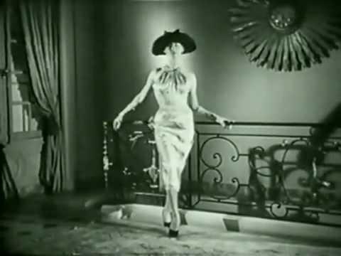 MODA ANNIi 50 - 60: BALENCIAGA 50s - 60s Fashion Show