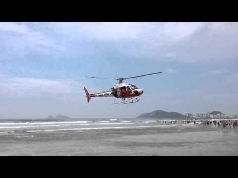 Treinamento de resgate aéreo realizado pelo Grupamento Aére