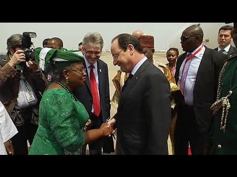 L'arrivée de François Hollande au Nigéria - 28/02