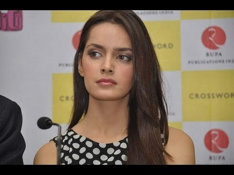 Shazahn Padamsee And Masaba Launch Chetan Bhagat's Book