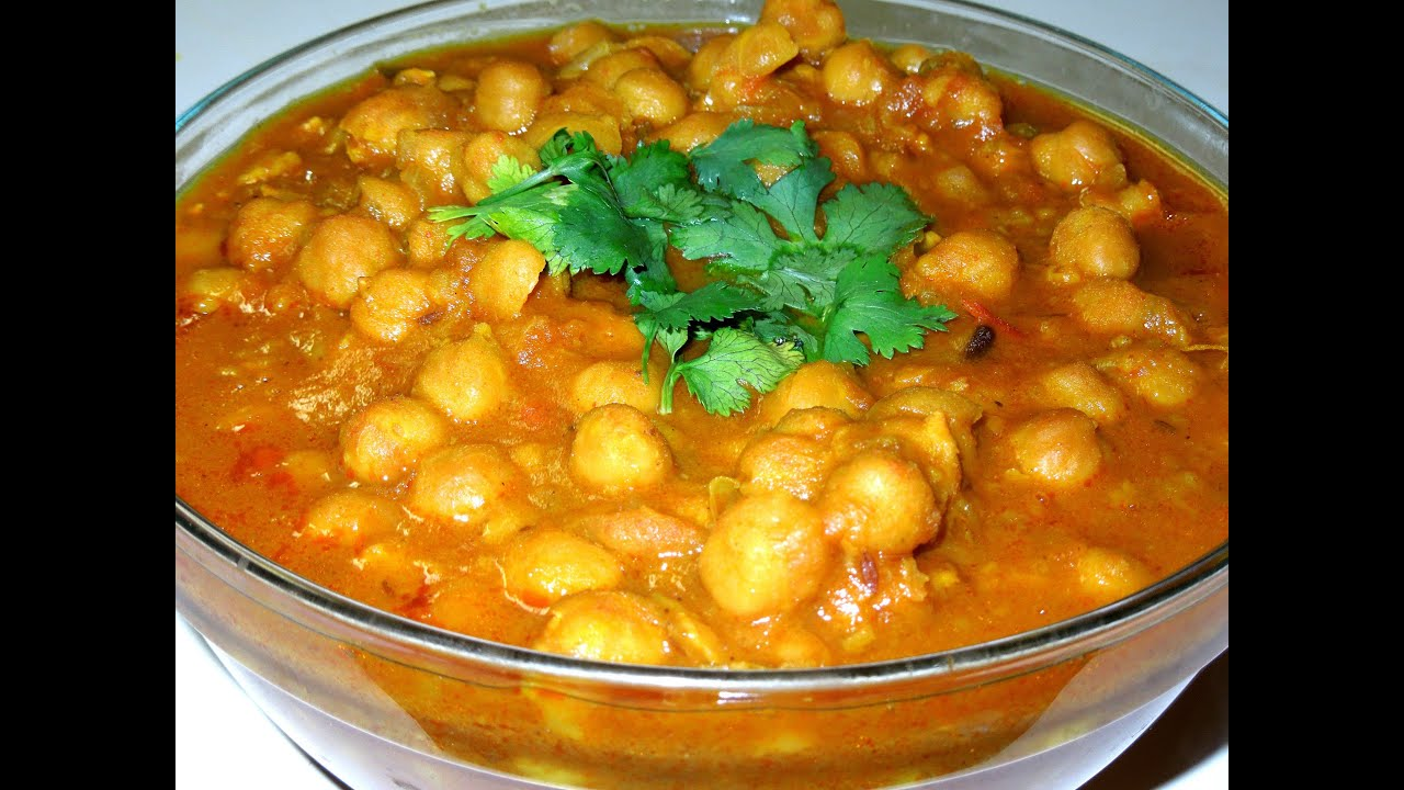 Cholle Bhature (Chana Masala) Chickpeas curry Recipe - YouTube