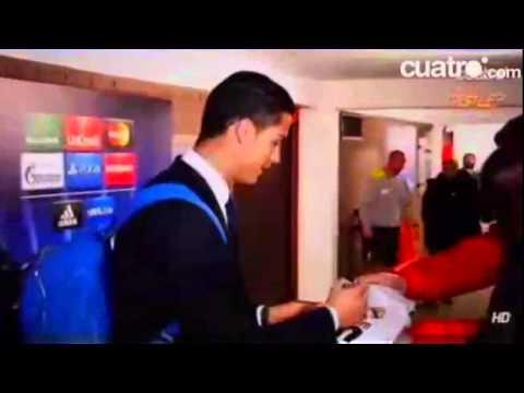 بالفيديو :الامن يطلب من رونالدو بالمغادرة والدون يرفض