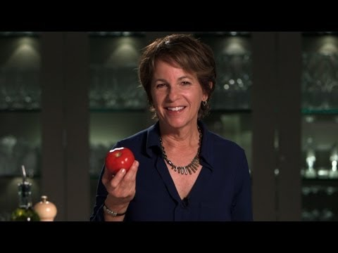How to select & store fresh tomatoes | Healthy eating advice from Herbalife