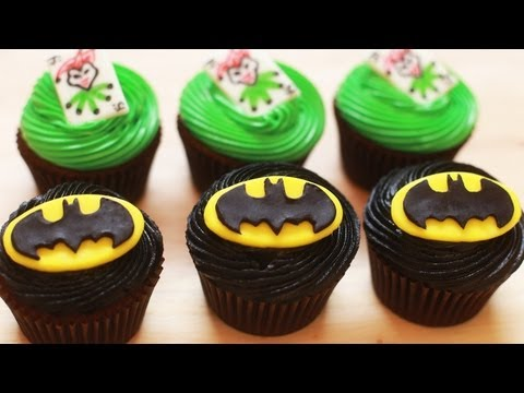 HOW TO MAKE BATMAN CUPCAKES