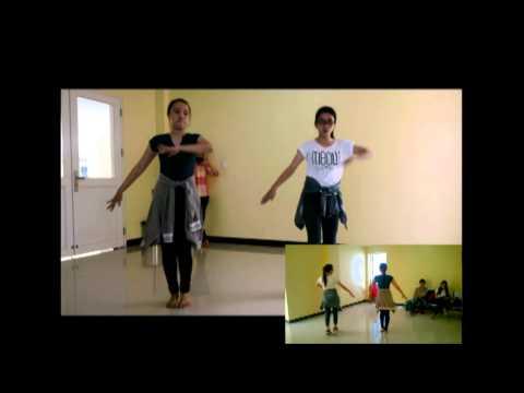 hướng dẫn tập nhảy bài Vút Bay-clb Blouse xanh