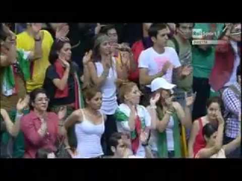 دختران زیبای ایرانی در مسابقه والیبال ایران و ایتالیا