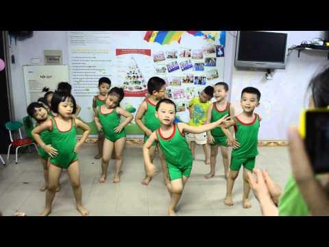 Aerobic - Thỏ đi tắm nắng - Misha's House kindergarten