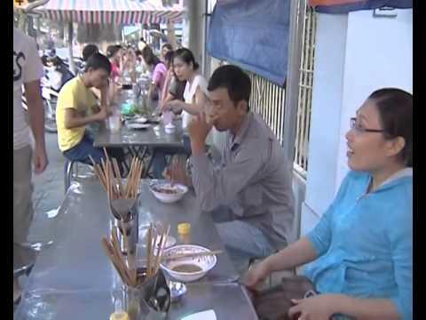 {Đặc Sản Miền Sông Nước}: Các món bún miền Tây Nam Bộ