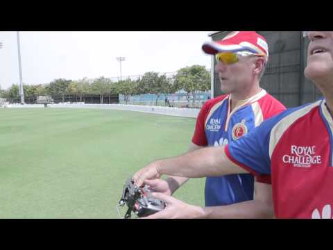 Allan Donald learns a new skill!