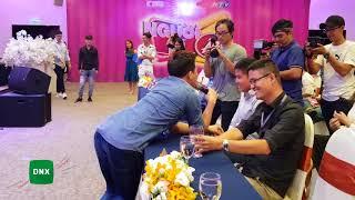 Trấn Thành đơ mặt khi bị Lê Giang chặt chém tại họp báo Người Bí Ẩn mùa 5   Dailysao