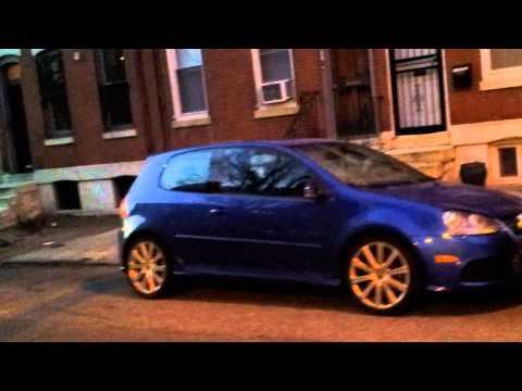 Blue Volkswagen R32 20140117 070012