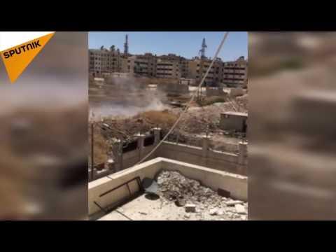"""شاهد .. كيف تدك دبابة للجيش السوري مقرا لـ""""النصرة"""""""