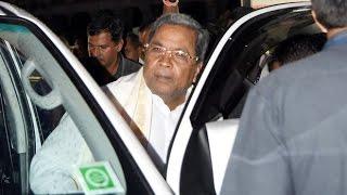 Woman in Ambulance Kept Waiting as Karnataka CM Convoy Halts Traffic