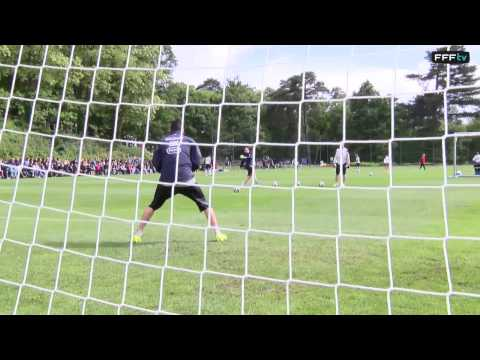 Entraînement des gardiens de but de l'Equipe de France