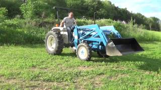 FORD 1910 4x4 COMPACT TRACTOR WITH FRONT END LOADER