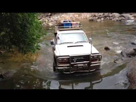 HJ61 12HT landcruiser sahara Frenchmans track june 2013 pasco river crossing