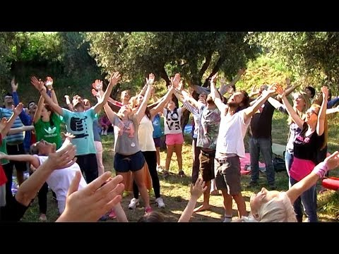 Laughter Yoga_2014 Έτος Γιόγκα - Year of Yoga 2014_ Open Yoga Day - Πάρκο Τρίτση
