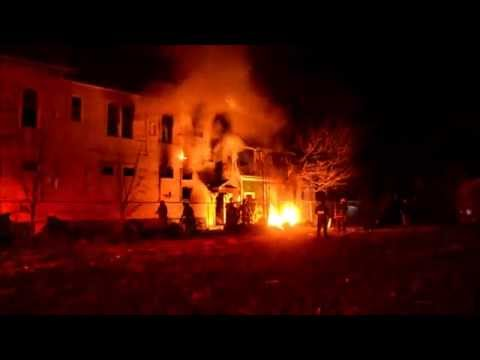 Raw video and radio traffic: House fire in NY