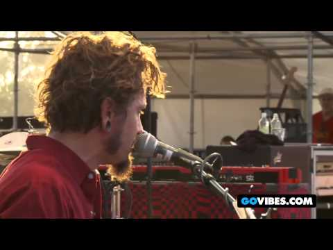 "John Butler Trio Performs ""One Way Road"" at Gathering of the Vibes 2011"